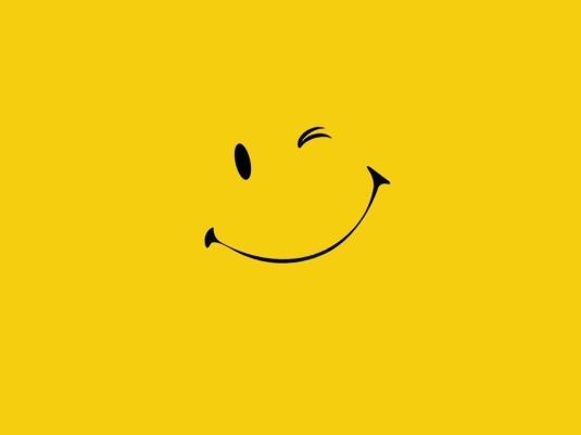 4-Smile Wallpaper 1024x768